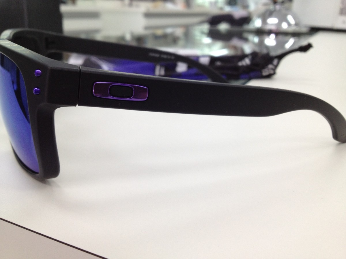 Oculos Solar Oakley Holbrook 009102-26 Julian Wilson - R  459,00 em ... c86b8b696d