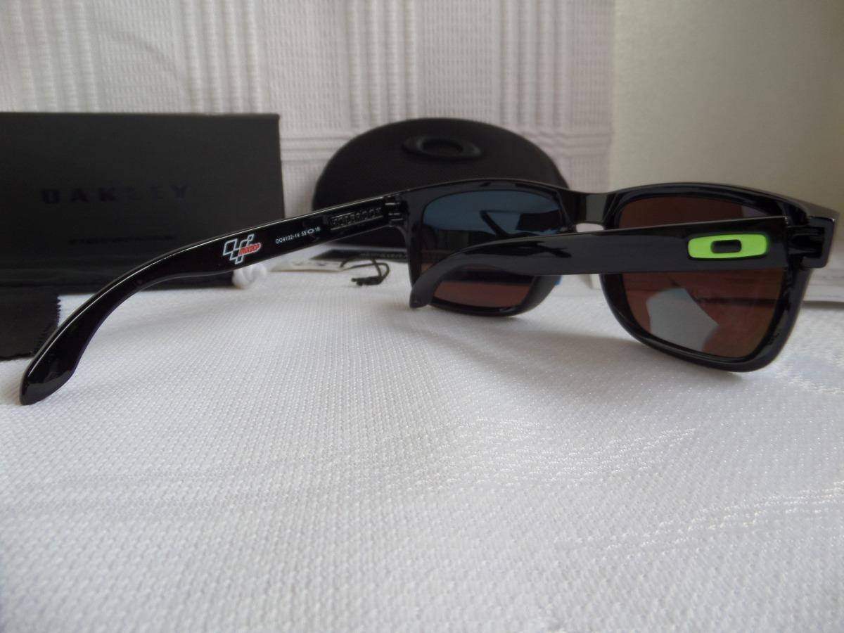 ad7c7d516c995 Óculos Oakley Holbrook Moto Gp Preto Polido verde Polarizado - R  389