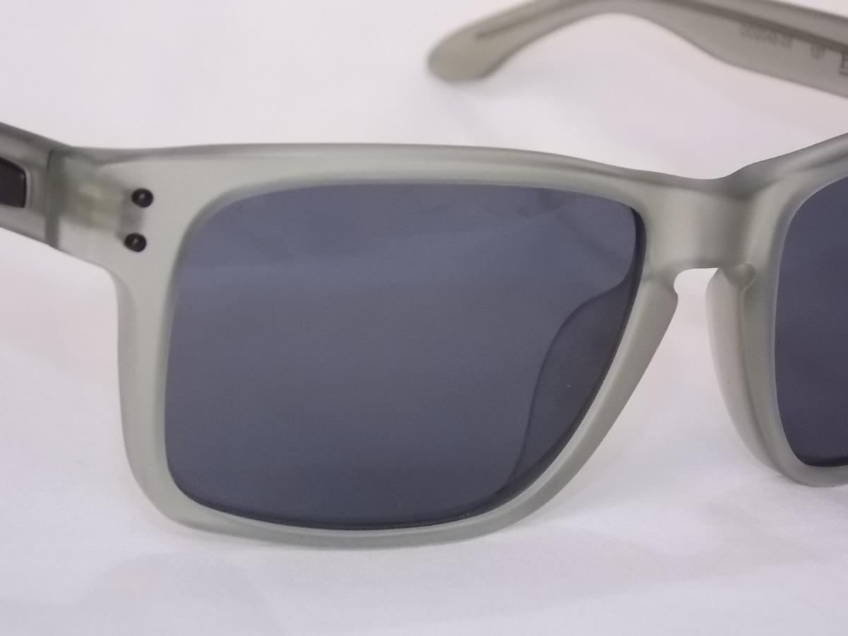 d467f6819 óculos oakley holbrook lx satin olive -possui metal na haste. Carregando  zoom.