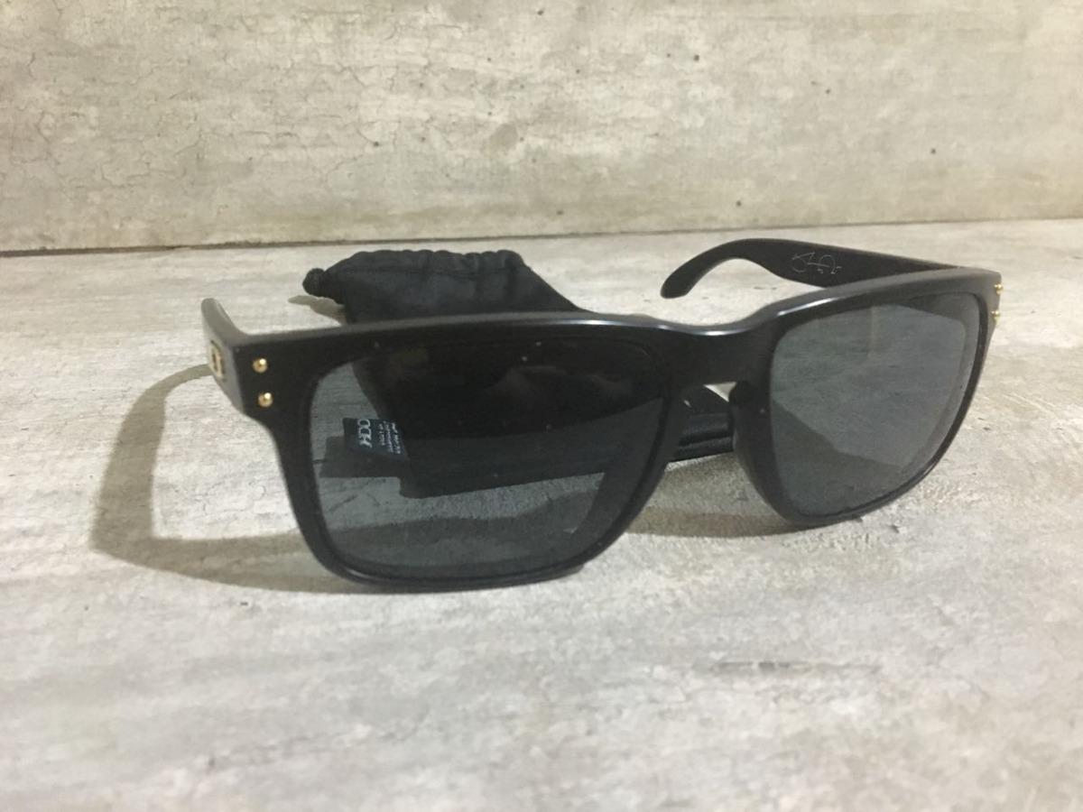 bb23cc108 Óculos Oakley Holbrook Polarizado Original - R$ 190,00 em Mercado Livre