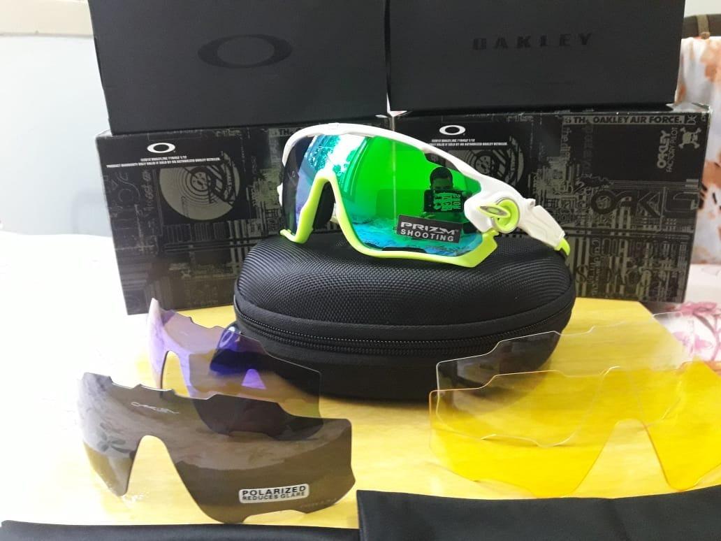 Óculos Oakley Jawbreaker Com 5 Lentes - R  160,00 em Mercado Livre e9ede4c5bb