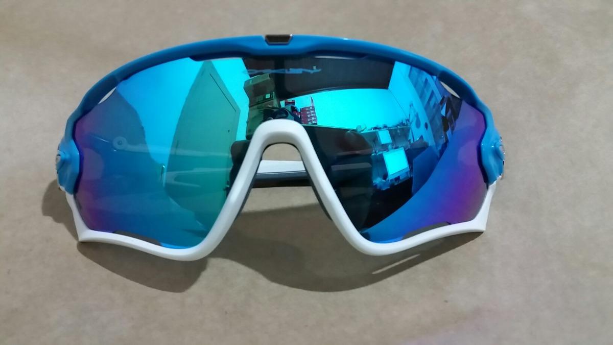 Óculos Oakley Jawbreaker Iridium Azul branco Original - R  499,00 em ... 8da4f88119