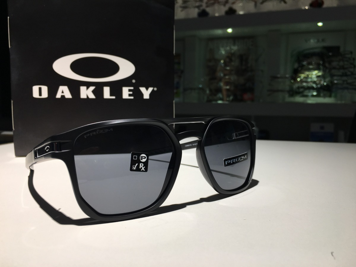 2538003c8ea8c Oculos Oakley Latch Beta Matte Black Lente Prizm Grey - R  480,00 em ...
