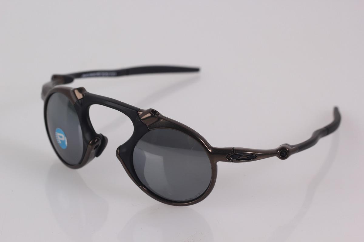 Óculos Oakley Mad Man Original Com Nf E Garantia - R  899,00 em ... 0b9baec381