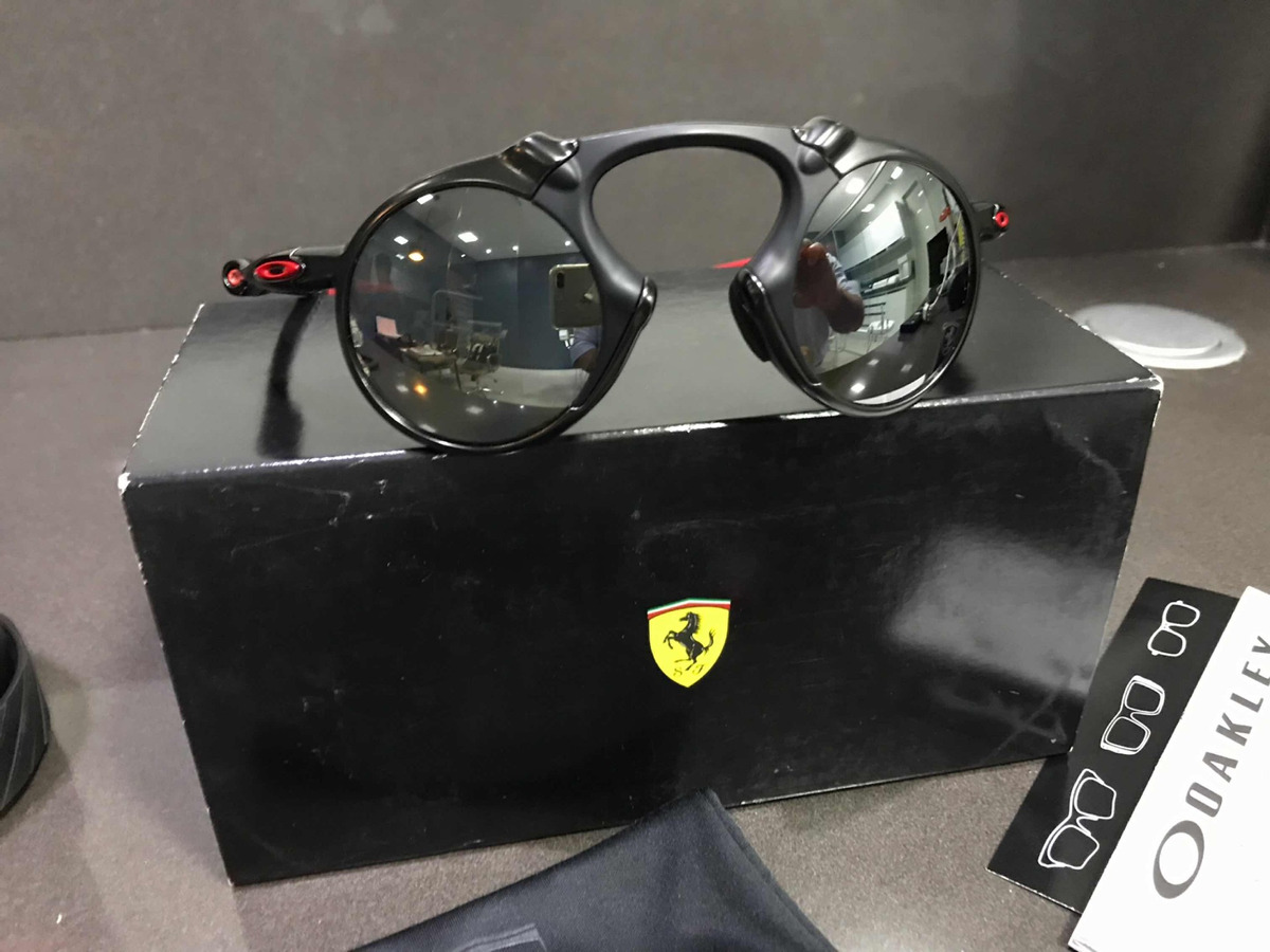 466e3e754 óculos oakley madman scuderia ferrari collection original. Carregando zoom.