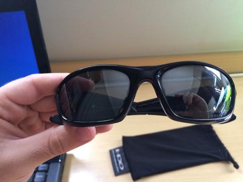 5938ba727c8a8 Óculos Oakley Originais Novos(sem Uso) - R  300,00 em Mercado Livre