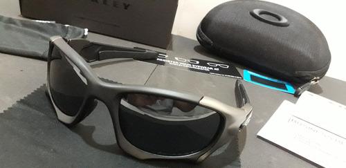 7ea6e7044 Óculos Oakley Pit Boss Ii Preto/grafite Escuro Polarizado - R$ 589 ...