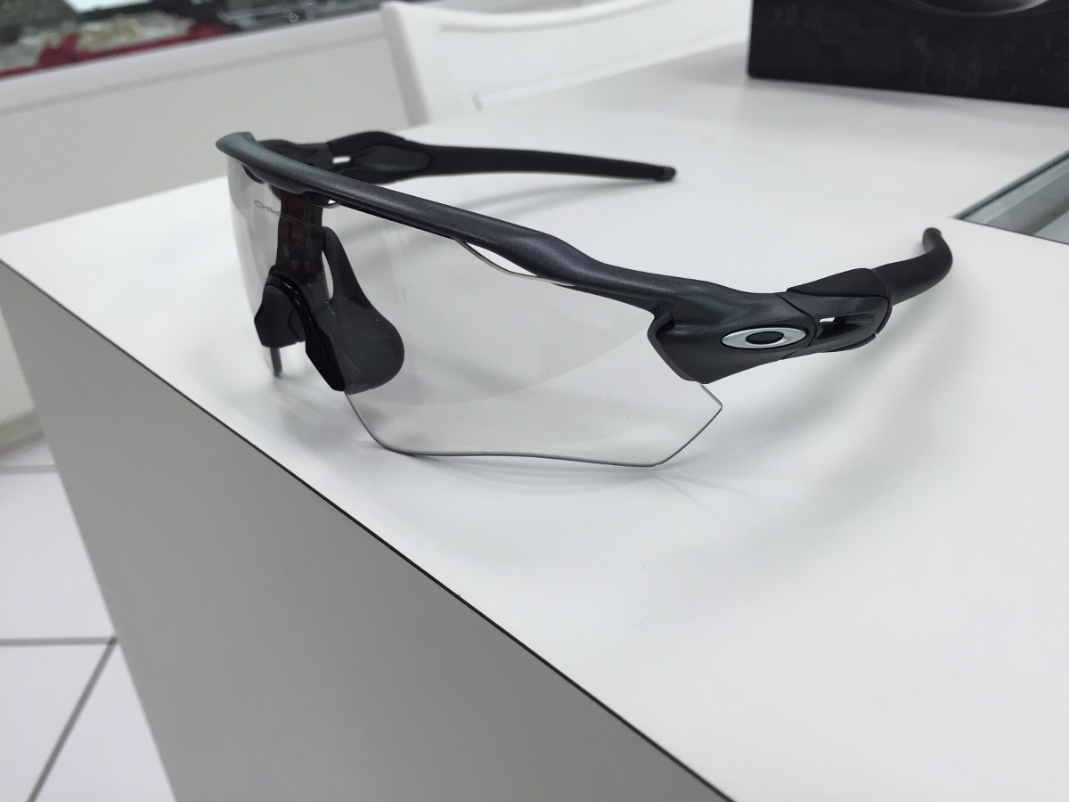 9c24eea36d8a9 oculos oakley radar ev path oo9208-13 stell photochromic. Carregando zoom.