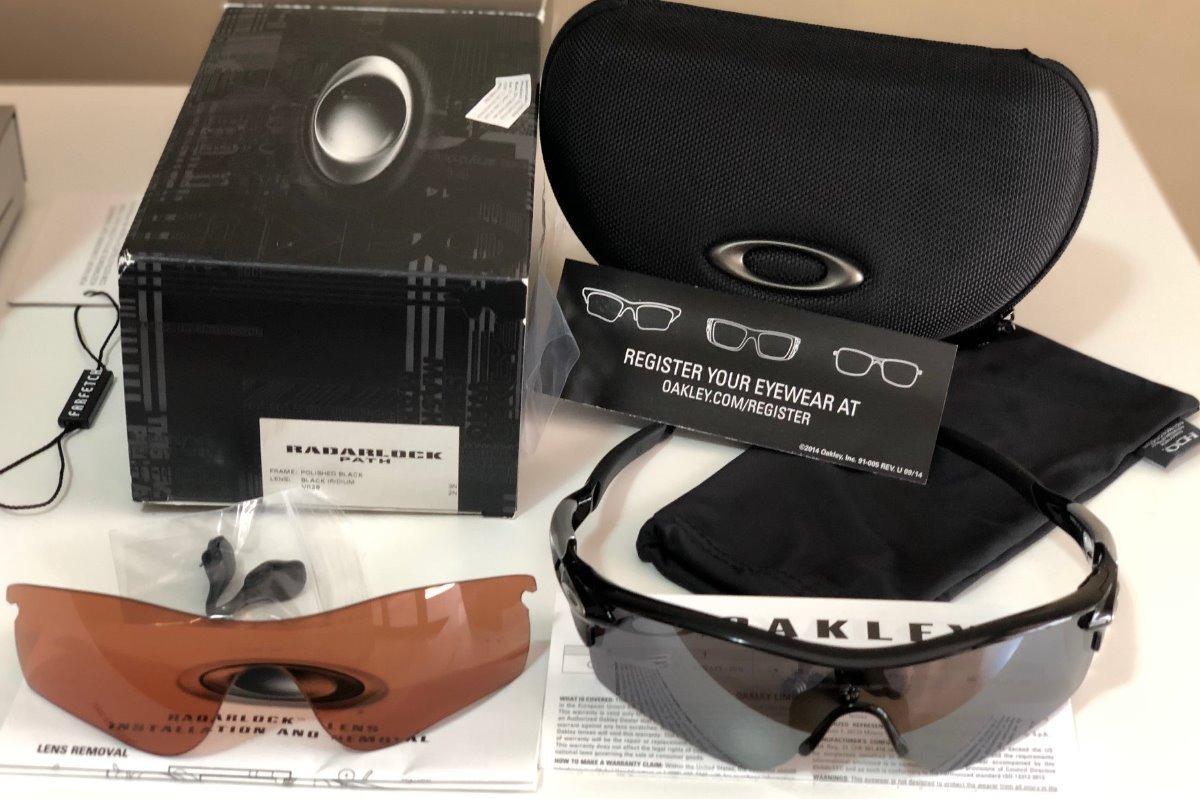 438c364ab Óculos Oakley Radarlock 9181-19/ Black Iridium/vr28-2 Lentes - R$ 679,00 em  Mercado Livre