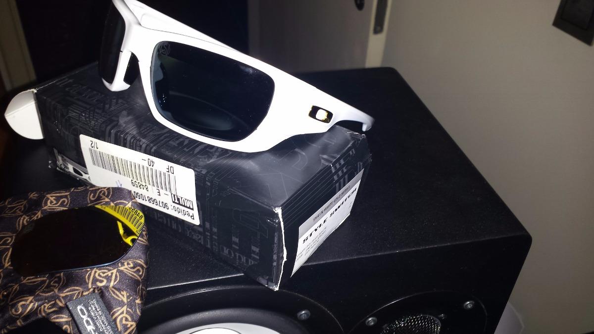 Óculos Oakley Style Switch Novo Original - R  180,00 em Mercado Livre ca31b042e3