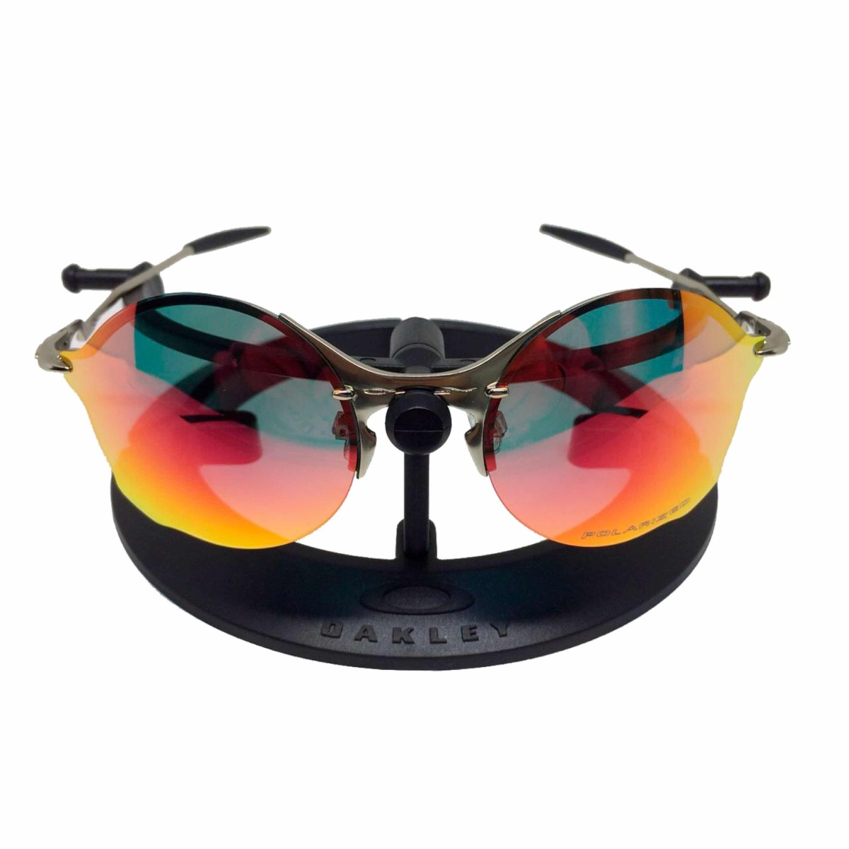 Oculos Oakley Tailend Armação Prata Lente Vermelha - R  172,00 em ... 335836e5c0