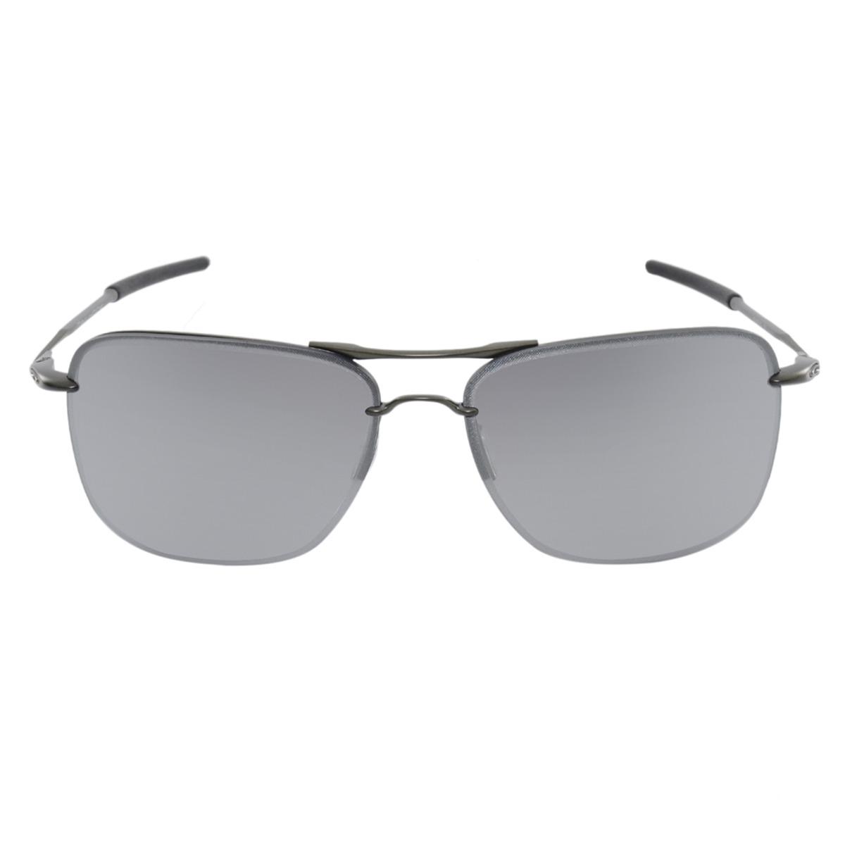 Óculos Oakley Tailhook Carbon Chrome - R  390,00 em Mercado Livre bf0ce6923d