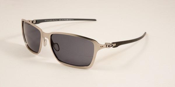 8a3f66c419 Oculos Oakley Tincan Carbon Satin Chrome Grey Frete Gratis - R  579 ...