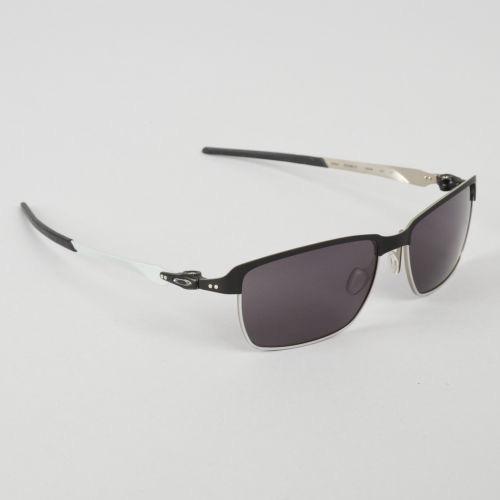 Oculos Oakley Tinfoil Matte Black Warm Grey Frete Gratis - R  459,00 ... 6b5061d737