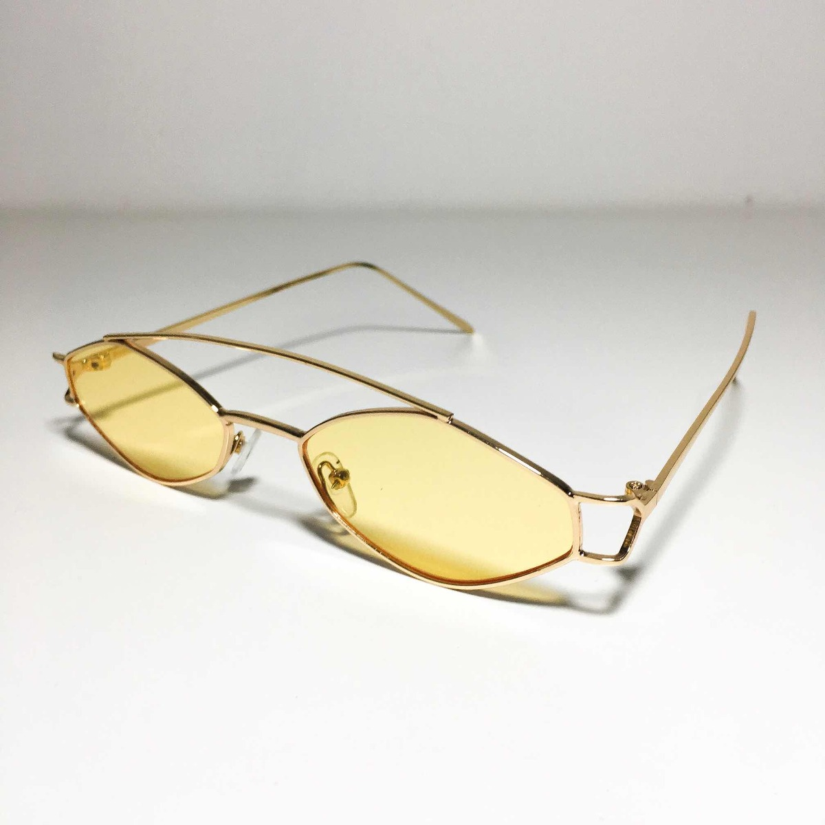f93730f1542d9 óculos oval de sol pequeno retro vintage 90s frete grátis! Carregando zoom.