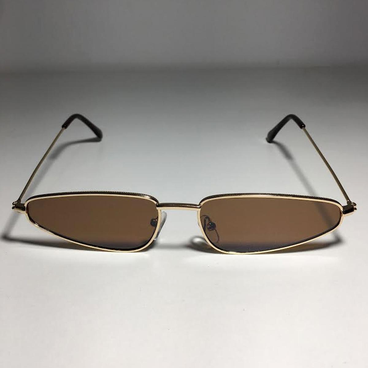 5bafc053b3a78 Óculos Oval De Sol Retro Vintage Estiloso Anos 90 - R  69,99 em ...