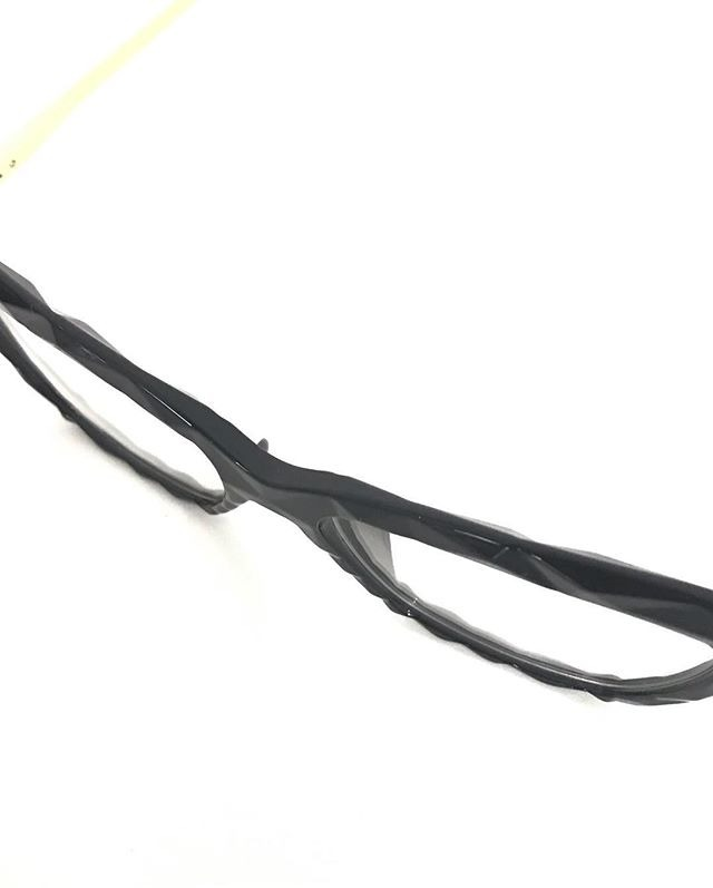 091f6a4bb8d49 Óculos P grau Femenino Armaçao Retro Diamante Chic Oluxo - R  75