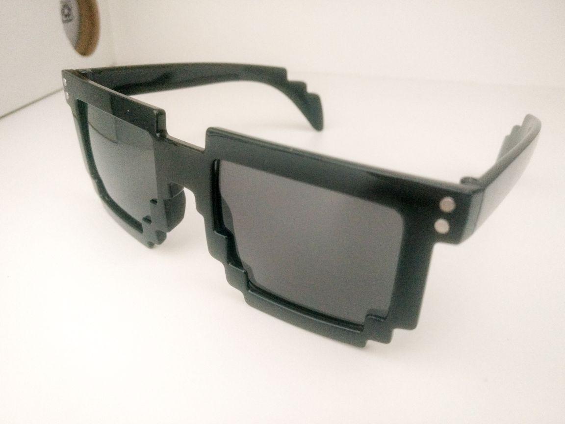 fdd850715a098 óculos pixel 8-bits. Carregando zoom.