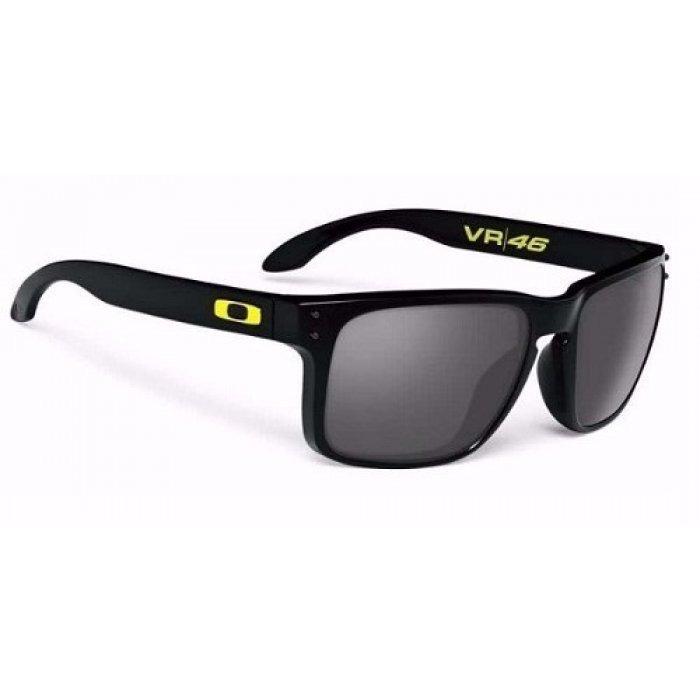 Óculos Preto Vr46 Masculino Polarizado Retrô Co00-04679 - R  69,00 ... 2c4c1ee0dd