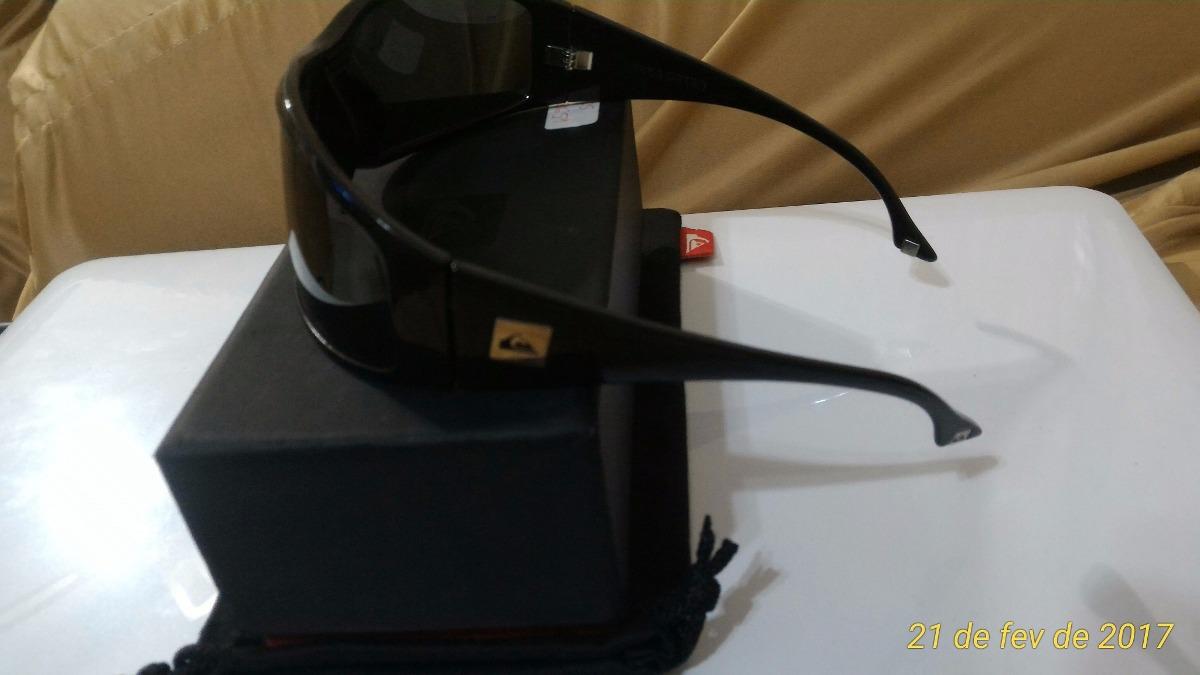 5390df6f71fb5 Óculos Quiksilver Akka Dakka Polarizado - R  12.000,00 em Mercado Livre