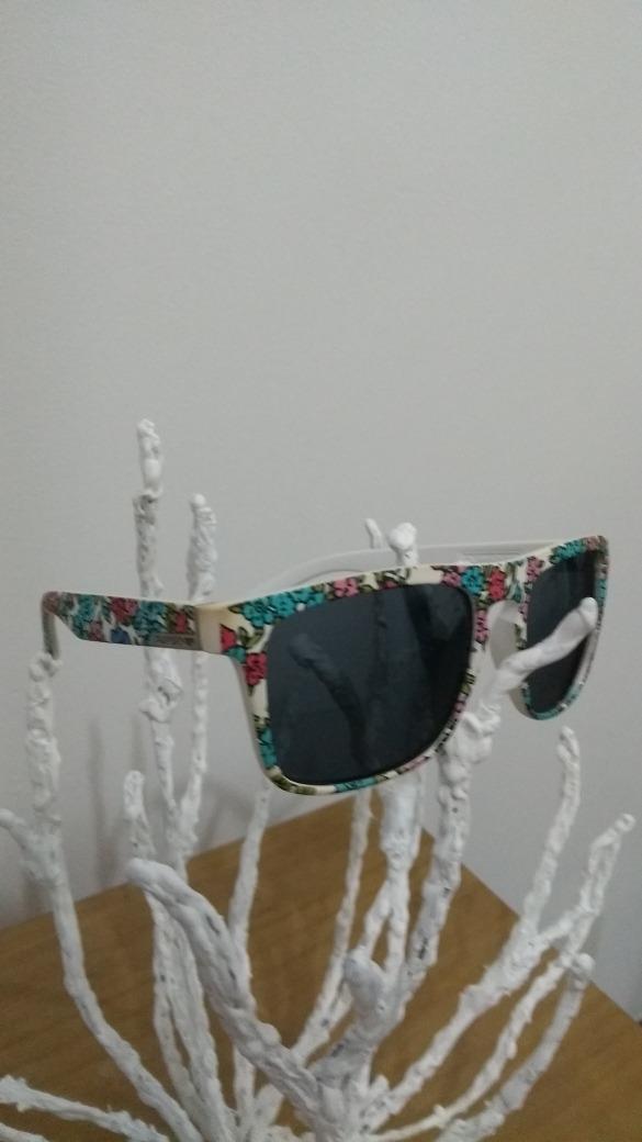 Óculos Quiksilver Aloha The Ferris - R  200,00 em Mercado Livre 46dcb2e697