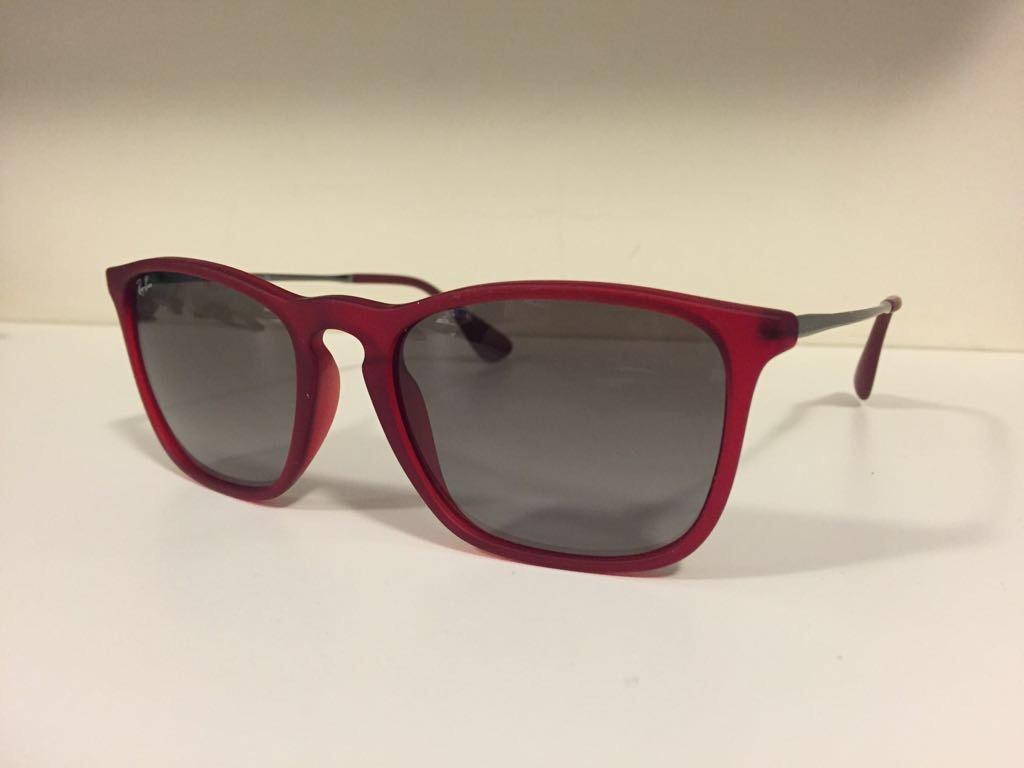 9424659357fd5 Óculos Ray-ban Chris Rb4187 Vermelho Original - R  240,00 em Mercado ...