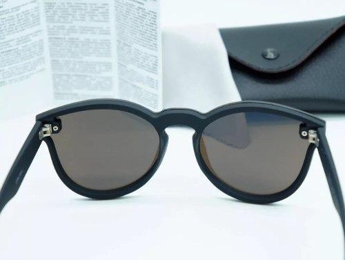 c19ae3550bf52 Óculos Ray Ban Erika Blaze Redondo Azul Lançamento 2018 - R  269