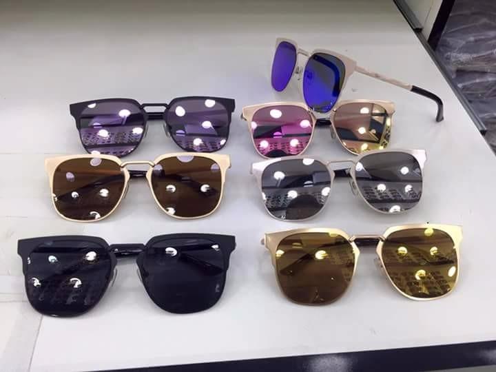 Óculos Ray-ban Maravilhosos Modelos Novos - R  119,90 em Mercado Livre 1a28d716ff
