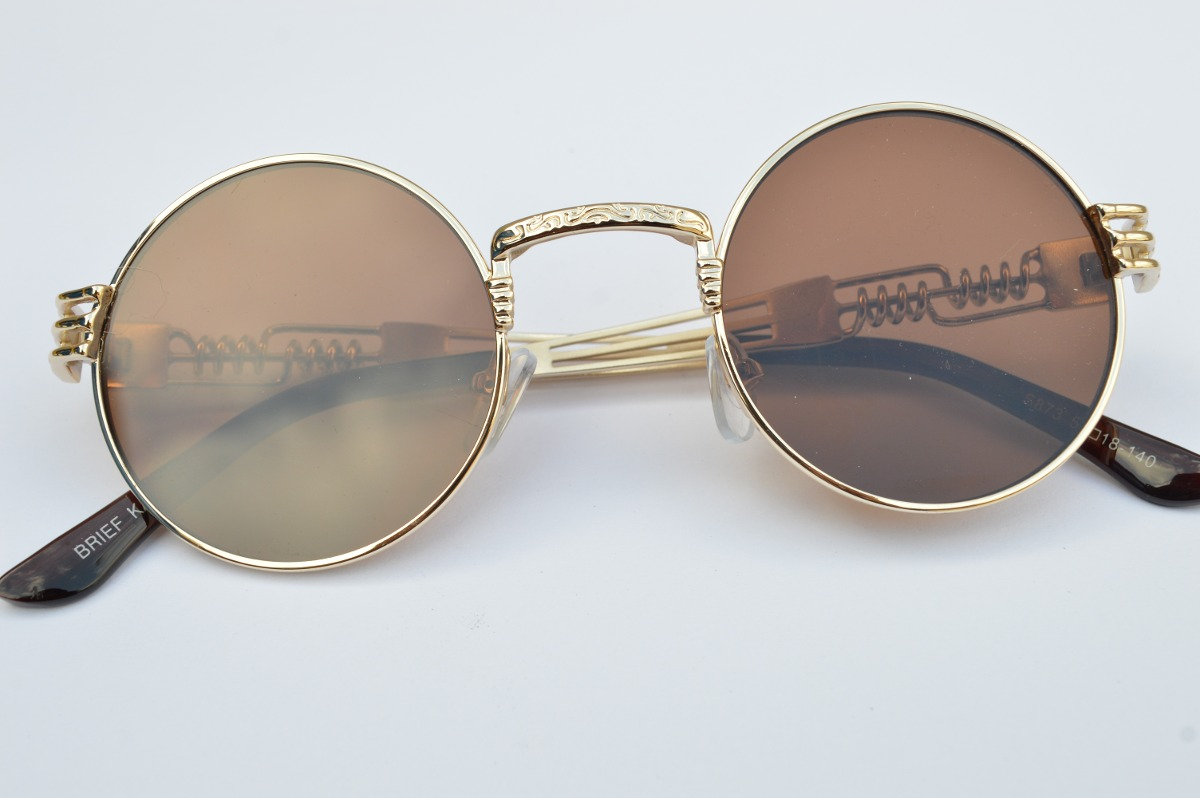 a7c01b5ad9f57 óculos redondo colorido detalhado metal fem masc de sol c74. Carregando  zoom.