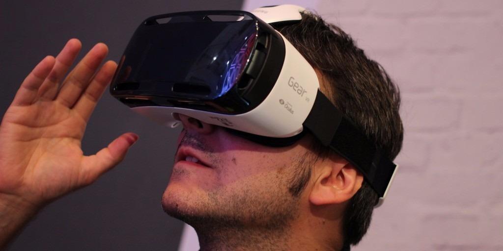 Oculos Samsung Gear Vr Realidade Virtual Original - R  180,00 em ... 0a4d7a3924