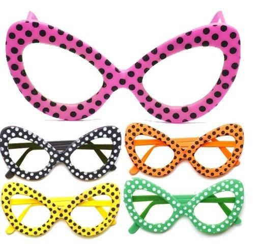 Óculos Sem Lente Para Festa Anos 60 - R  10,00 em Mercado Livre 250492d6f7