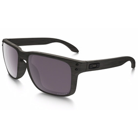 225b333b6d86c Óculos Oakley Holbrook Woodgrain Amadeirado Prizm Polarizado
