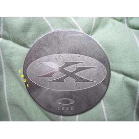 ac32d67e8e518 Moeda Medalhão Oakley Xx Double X Geração1. Tem Romeo Juliet