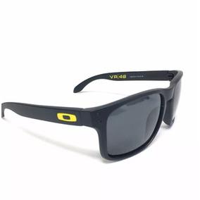 17a134ea41040 Oculos De Sol Vr46 Moto Gp Preto Logo Amarelo Promoção 12x!