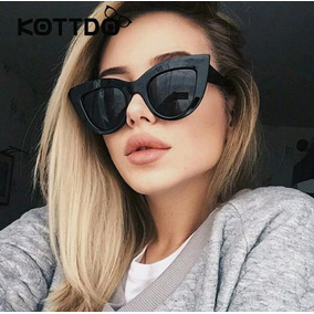 f832b4bdee510 Óculos Importado Escuro Modelo Gato Tendencia Feminino Lindo · R  39 20