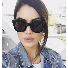 2dbac625f Óculos Para Mulher Moda Praia Blogueira Quadrado Grande Plus · R$ 39 35