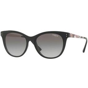b187e0a52ab59 11 Vo 2638s Preto Pronta Entrega Vogue Vo2638s W44 - Óculos De Sol ...