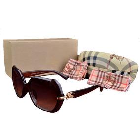 1b97b857f4c37 Bolsa Burberry Transparente Cole O Ver O De Sol - Óculos no Mercado ...
