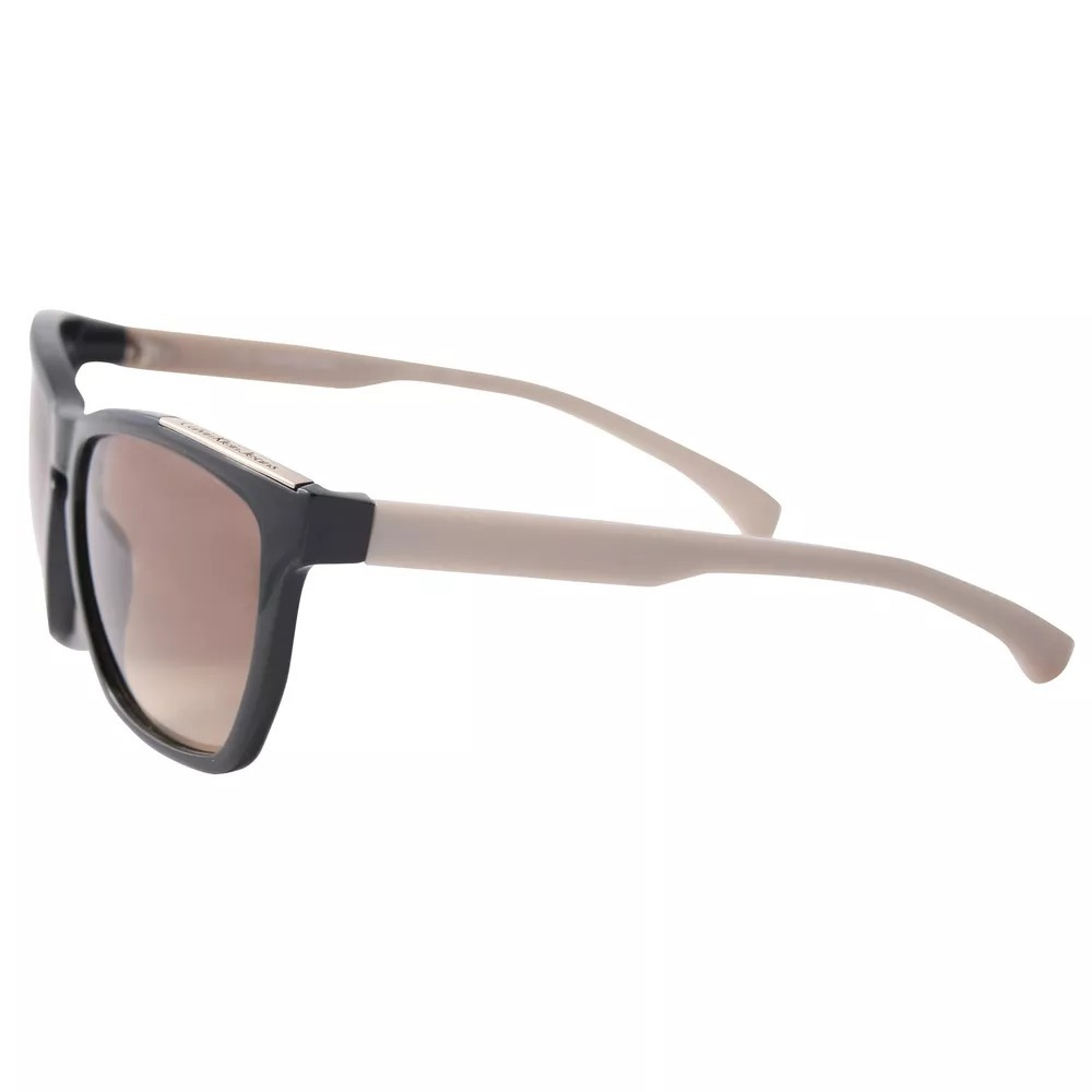 3b87f2d32c30a Óculos De Sol Feminino Calvin Klein - Ckj757s 001 - R  90