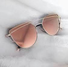 dcf986c286f89 Óculos De Sol Feminino Dior Lançamento - R  59