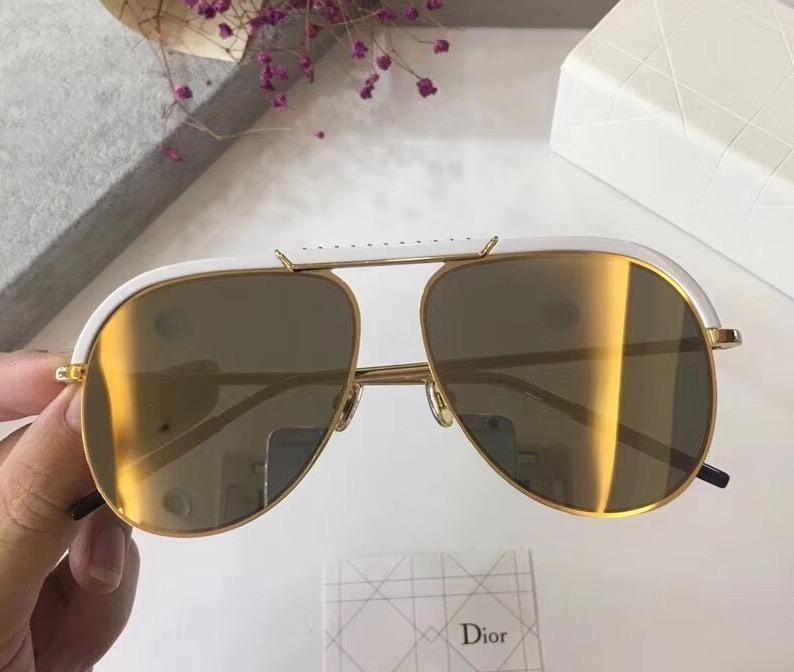 d0683a2f8ca Óculos De Sol Dior Desertic Kit Completo Com Caixa Original - R  699 ...