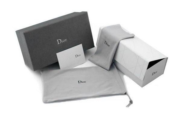 2b9741f5e1108 Óculos De Sol Dior 2283 - R  299