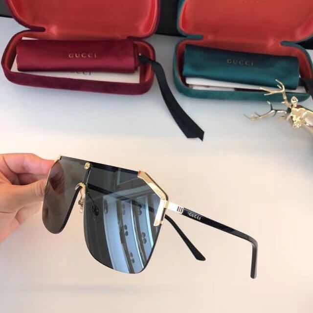 78d0db272aa72f  Óculos De Sol Gucci Quadrado Máscara Masculino E Feminino -  R 520 ... dd96285d232aa5 ... 6d3943a537
