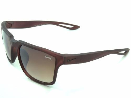 479b9566e1b47 Óculos De Sol Nike Ev0949 Marrom Com Estojo Masculino - R  49
