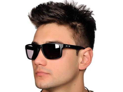 ... preto polarizado com estojo. Carregando zoom... óculos sol oakley  holbrook 71066a1d00
