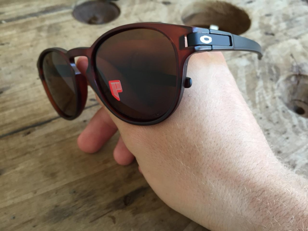 663ad9302 Óculos Sol Oakley Latch Polarizados Diversas Cores Unissex - R$ 120,00 em  Mercado Livre