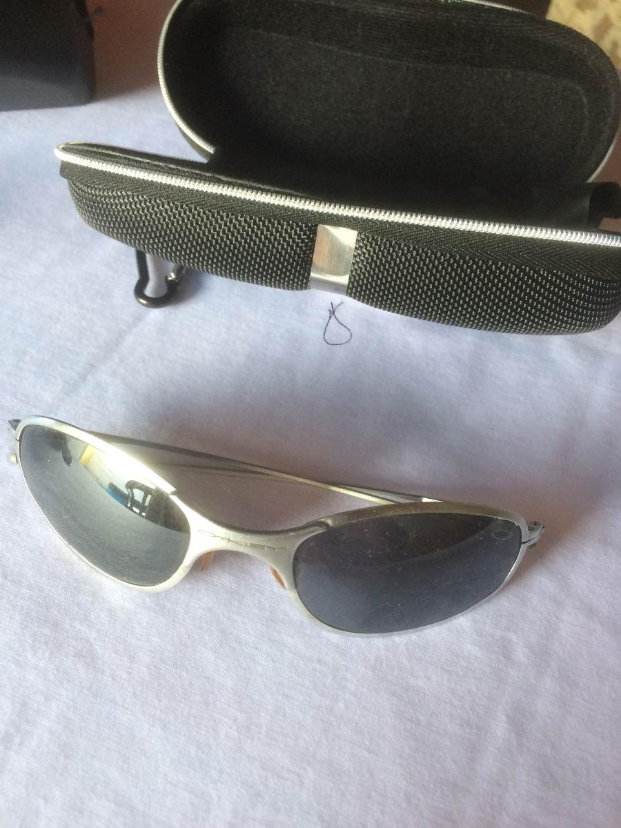 óculos sol oakley titanium antigo com + 2 par lente raridade. Carregando  zoom. 56e8380626a63