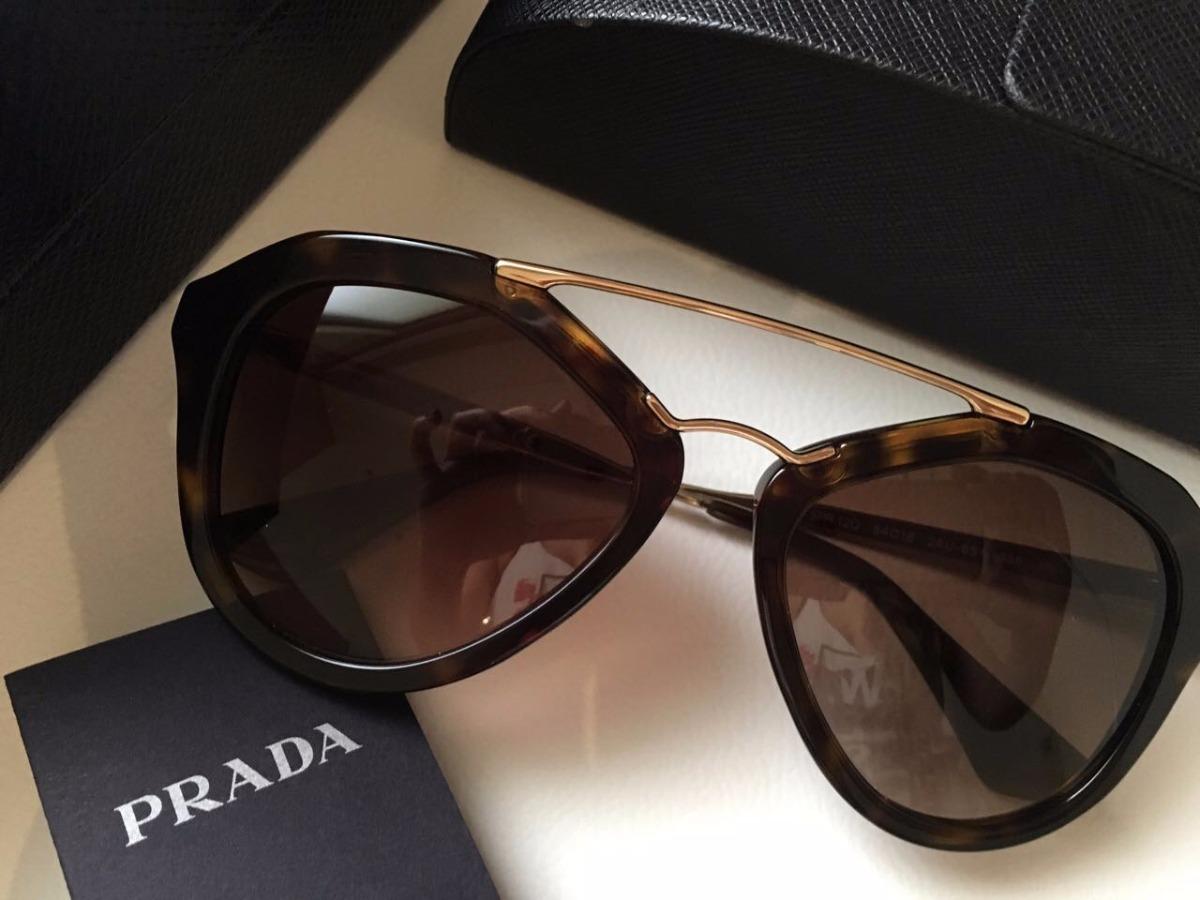... Óculos De Sol Prada Acetato Feminino - R 689,99 em Mercado Livre   2500756f0c4 Óculos de Sol Prada Quadrado PR 56TS - Compre Agora Dafiti  Brasil ... 234f16ede6