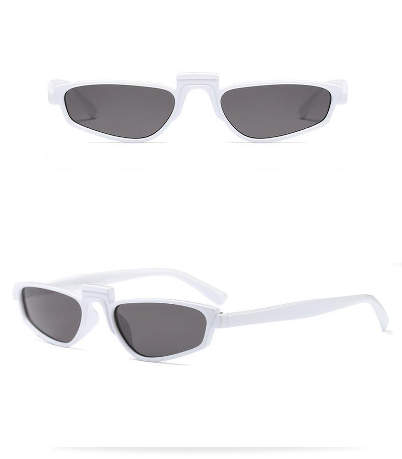 oculos sol rihanna pequeno retangular branco lentes pretas. Carregando zoom. 9cb53fdbb4
