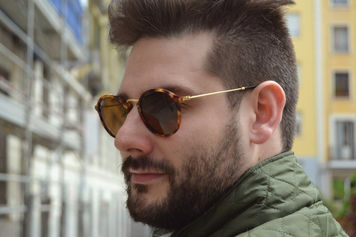 Resultado de imagem para oculos tartaruga masculino